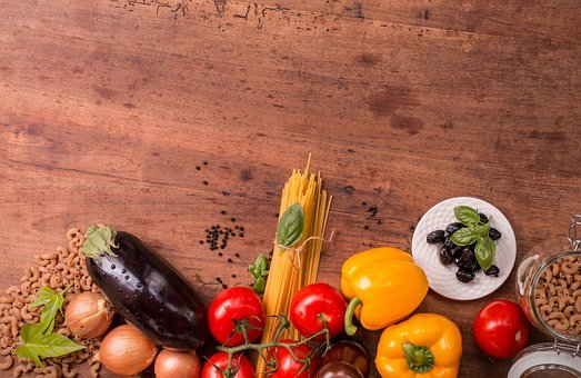 italian-cuisine-2378729__340